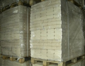 Паливні брикети (евродрова) - це пресовані в акуратні блоки стружка і тирса.